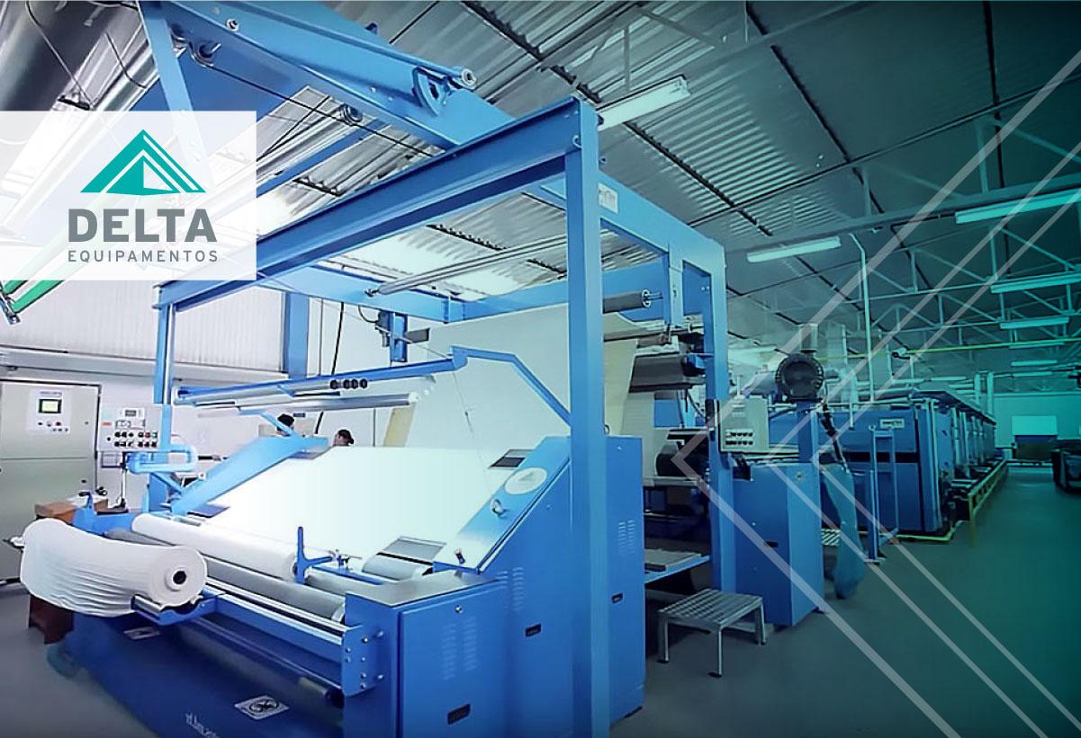 Máquina têxtil, exemplificando a padronização do setor.