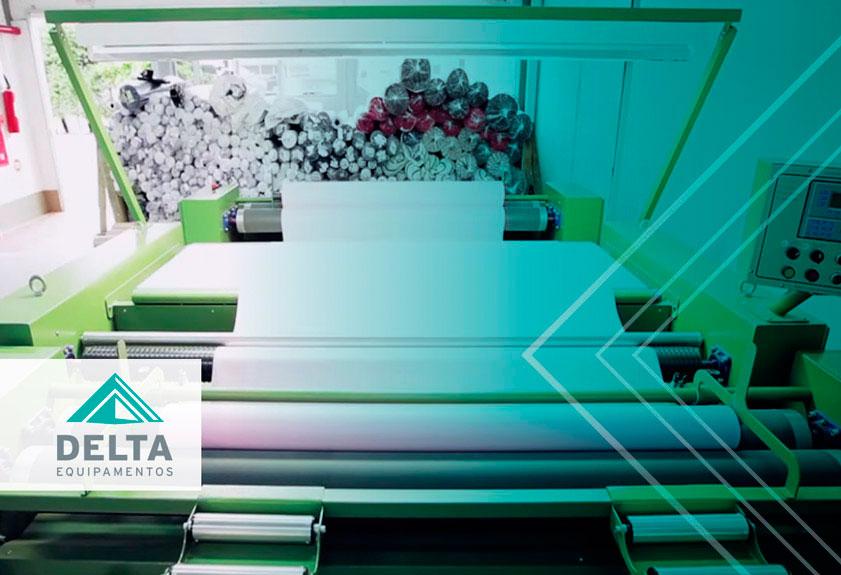 En la imagen es posible ver maquinaria textil trabajando para mantener la productividad textil