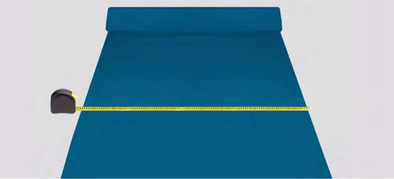 Trena medindo um tecido. Guia de implementação guia de normalização para confecção.